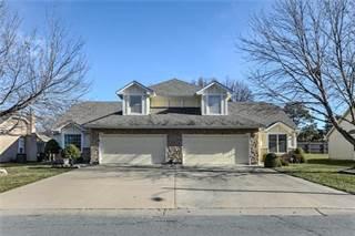 Duplex for sale in 401 SW Hoke Lane, Lee's Summit, MO, 64081