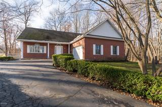 Single Family for sale in 205 Golfview Drive, Plainwell, MI, 49080