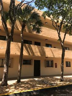 Residential for sale in 8415 SW 107th Ave 152W, Miami, FL, 33173