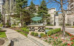 Residential Property for sale in 25 Kingsbridge Garden Circ Ph08, Mississauga, Ontario