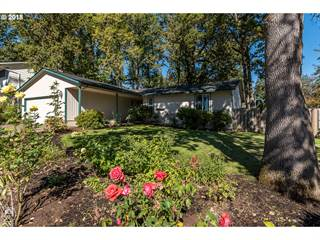 Single Family for sale in 17631 NW DOGWOOD CT, Beaverton, OR, 97006