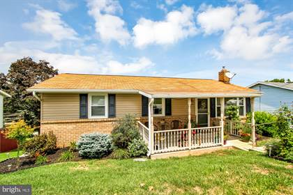 Residential for sale in 739 ATLANTIC AVENUE, Red Lion, PA, 17356