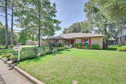 Residential for sale in 4500 Trowbridge Drive, Arlington, TX, 76013