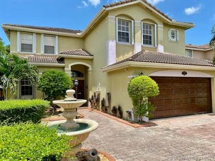 Residential for sale in 952 SW 144th PL, Miami, FL, 33184