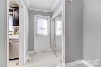 Condominium for sale in 130 Town House Cres, Brampton, Ontario