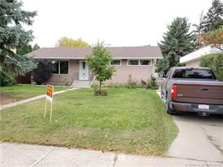 Residential Property for sale in 2407 17 Avenue S, Lethbridge, Alberta, T1K 1B5