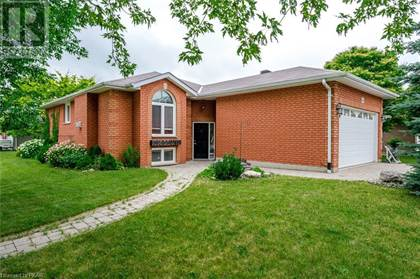 Fine For Sale 2980 Jennifer Drive Peterborough Ontario K9L1Y7 More On Point2Homes Com Download Free Architecture Designs Intelgarnamadebymaigaardcom