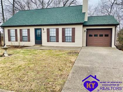 Residential Property for sale in 1017 Hillcrest Drive, Radcliff, KY, 40160