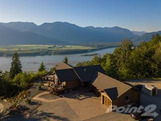 Residential Property for sale in 8246 Shrewsbury Drive, Chilliwack, British Columbia, V2R 3X3
