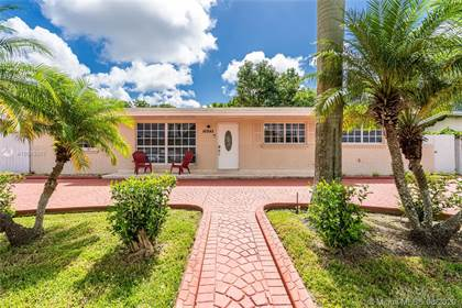 Residential Property for sale in 16945 SW 119th Pl, Miami, FL, 33177