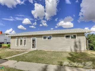 Residential Property for sale in 142 4th AVENUE, Central Butte, Saskatchewan