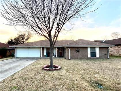 Residential for sale in 3106 River Bend Road, Arlington, TX, 76014