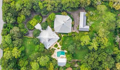 Residential for sale in 2210 S Piney Point Road, Houston, TX, 77063
