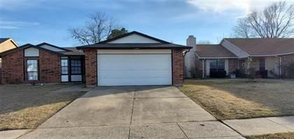 Residential for sale in 2218 Sharpshire Lane, Arlington, TX, 76014