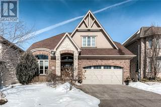 Single Family for sale in 913 RIVERSTONE Court, Kitchener, Ontario, N2P0A3