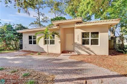 Residential Property for sale in 1705 SW 14th Ct, Fort Lauderdale, FL, 33312