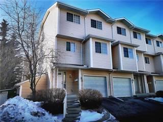 Condo for sale in 401 HAWKSTONE MR NW, Calgary, Alberta