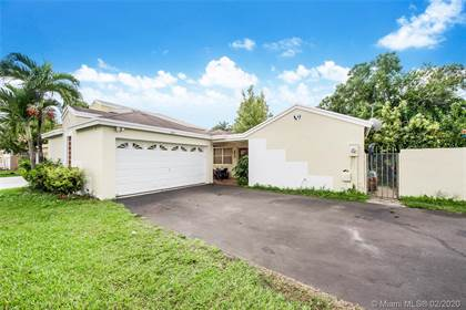 Residential for sale in 14452 SW 92nd Ter, Miami, FL, 33186