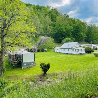 Residential Property for sale in 17 Buds Branch, Prestonsburg, KY, 41653