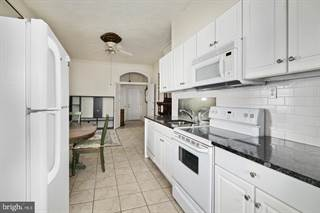 Townhouse for rent in 1122 S BROAD STREET 2R, Philadelphia, PA, 19146