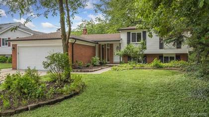Residential Property for sale in 38719 ARCOLA Drive, Sterling Heights, MI