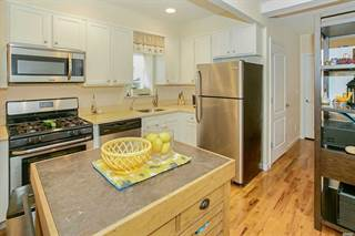 Condo for sale in 2695 Shell Rd 1G, Gravesend, NY, 11223