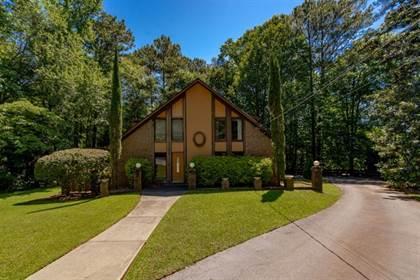 Residential for sale in 1605 Saint Tropez Way, Sandy Springs, GA, 30350