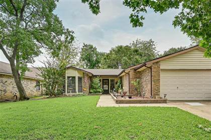 Residential for sale in 2308 Sharpshire Lane, Arlington, TX, 76014