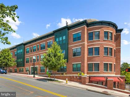 Condominium for sale in 2101 N MONROE ST #107, Arlington, VA, 22207