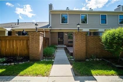 Residential for sale in 22040 EDGEWATER, Novi, MI, 48375