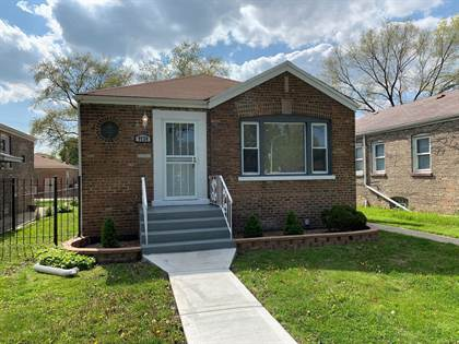 Residential for sale in 9724 South Avalon Avenue, Chicago, IL, 60628