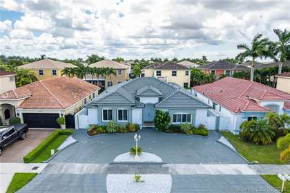 Residential for sale in 16560 SW 57th Ln, Miami, FL, 33193