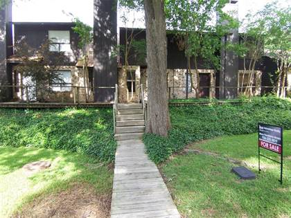 Residential for sale in 510 Hickory Drive, Huntsville, TX, 77320