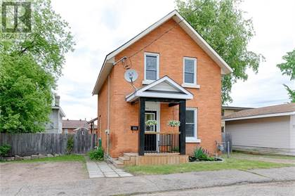 Single Family for sale in 261 SUSSEX STREET, Pembroke, Ontario, K8A3M8