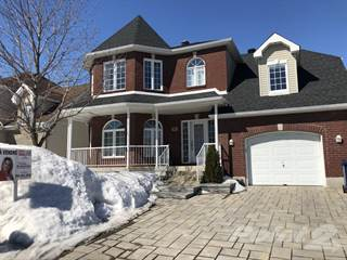 Residential Property for sale in 962 Rue De La Verveine, Laval, Quebec