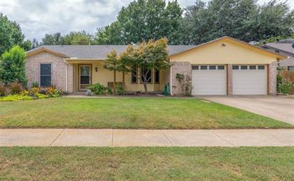 Residential Property for sale in 8704 Main Street, North Richland Hills, TX, 76182
