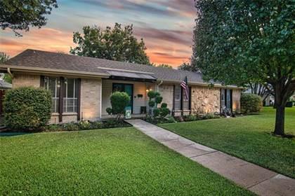 Residential for sale in 11512 Glen Cross Drive, Dallas, TX, 75228