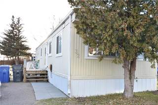 Residential Property for sale in 321 Fleet Street SW, Medicine Hat, Alberta