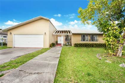 Residential for sale in 10501 SW 166th St, Miami, FL, 33157