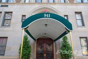 Co-op for sale in 941 Park Avenue, Manhattan, NY, 10028