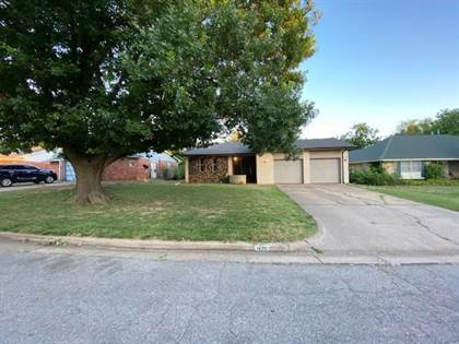 Residential for sale in 1426 NW 104th Street, Oklahoma City, OK, 73114