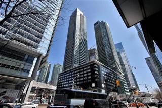 Condo for sale in 65 Bremner Blvd, Toronto, Ontario