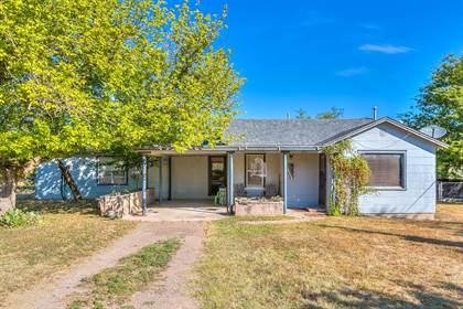 Residential Property for sale in 501 E 4th St, Miles, TX, 76861