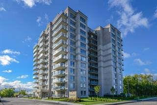 Apartment for rent in Axial Towers, Laval, Quebec