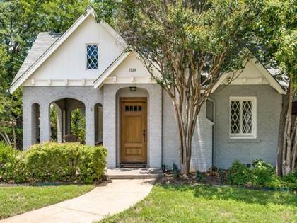 Residential for sale in 1924 Forest Park Boulevard, Fort Worth, TX, 76110