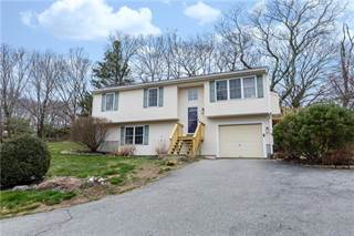 Single Family for sale in 62 Mooresfield Road, Greater Wakefield-Peacedale, RI, 02879