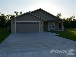 Residential Property for sale in 585 Cottonwood Cir, Benton, KS 67017, Kingman, KS, 67017