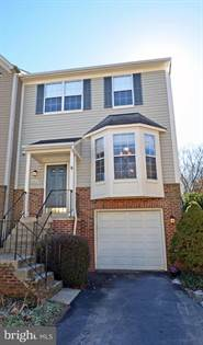 Residential for sale in 6906 KERRYWOOD CIR, Centreville, VA, 20121