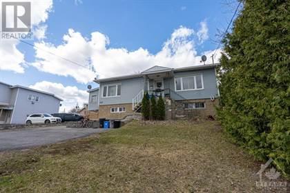 Multi-family Home for sale in 526 EDWARDS STREET, Rockland, Ontario, K4K1L4