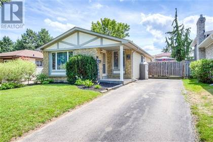 Single Family for sale in 63 KEEWATIN Avenue, Kitchener, Ontario, N2B3M1